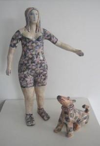 keramiek hond en vrouw
